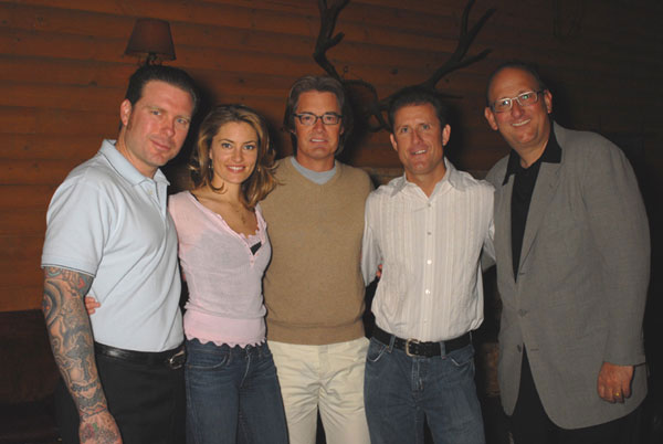 L to R, Ryan Adams, Madchen Amick, Kyle MacLachlan, David S. Grant, and Ken Ross at the Bigfoot Lodge. Photo by Renard Garr.